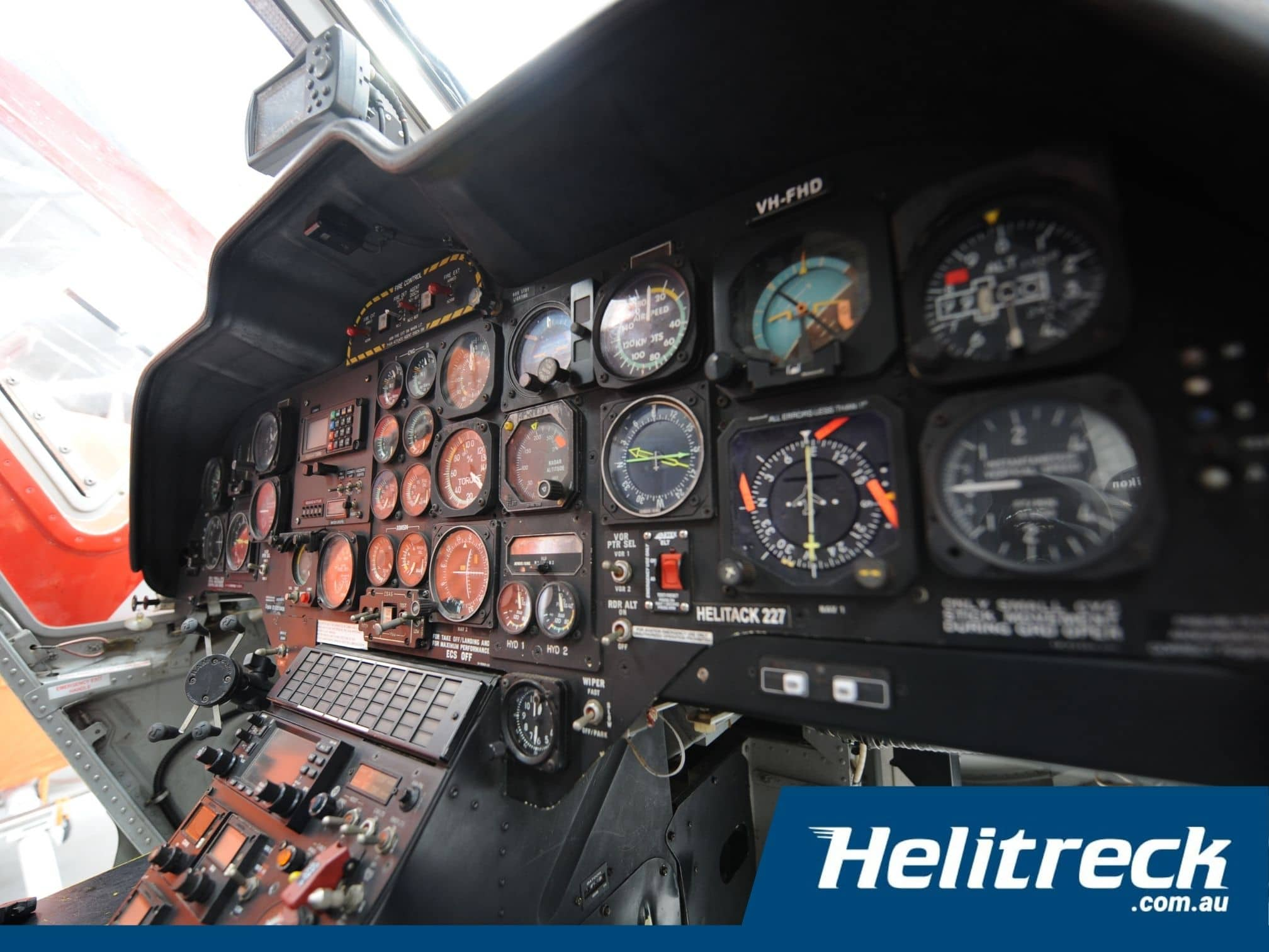 HelicopterBK117 B2-VH-FHD-Instrument-Panel